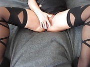 Sexy mature woman playes with herself, before i fuck her