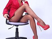 Horny leggy secretary in sheer nude pantyhose