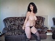 BIG BOTTOM - vintage British curvy strip dance tease